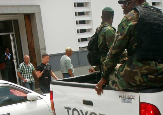 Dominica -Cruise Ship Passengers Arrested
