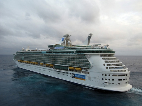 royal caribbean s liberty of the seas nearly runs over italian