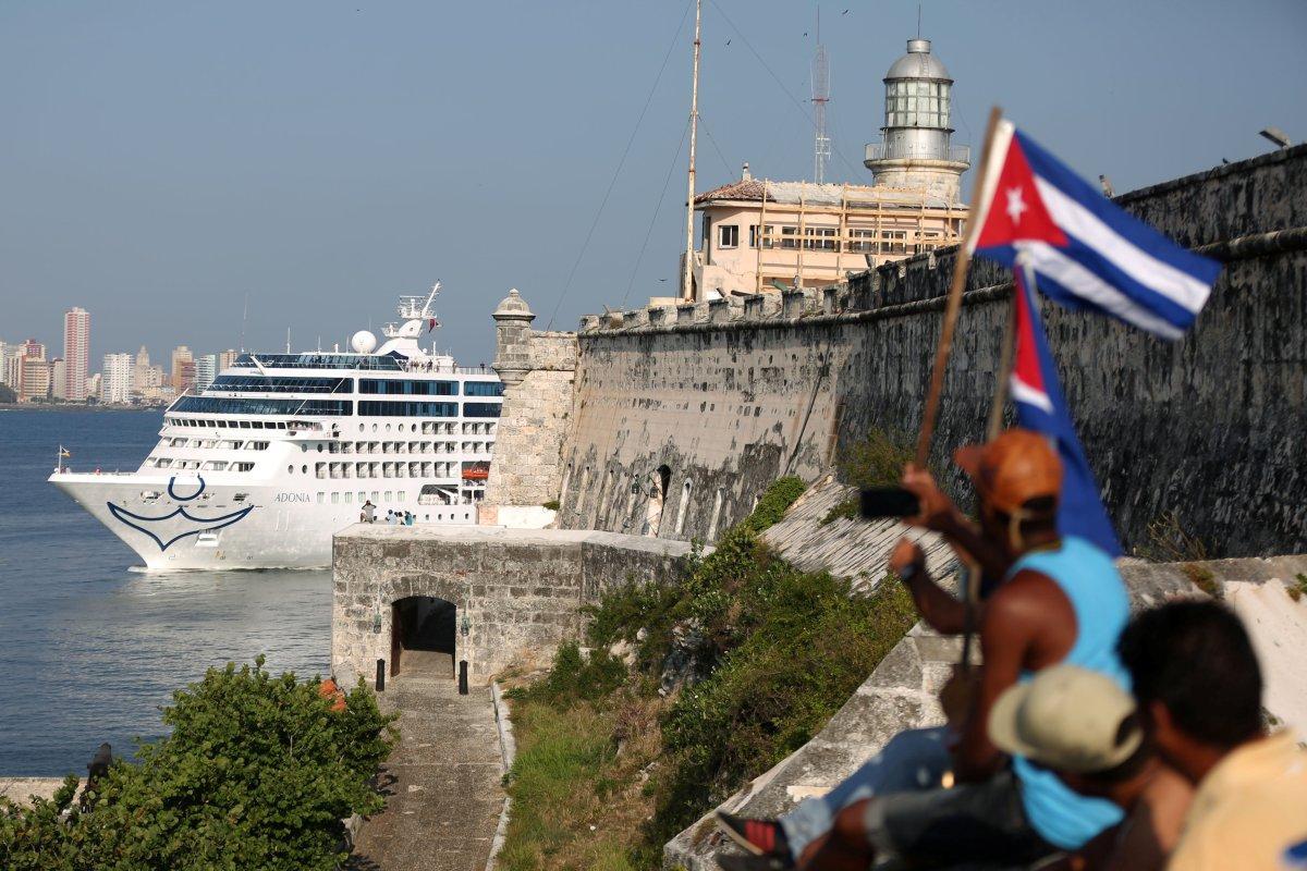 Cruise Cuba